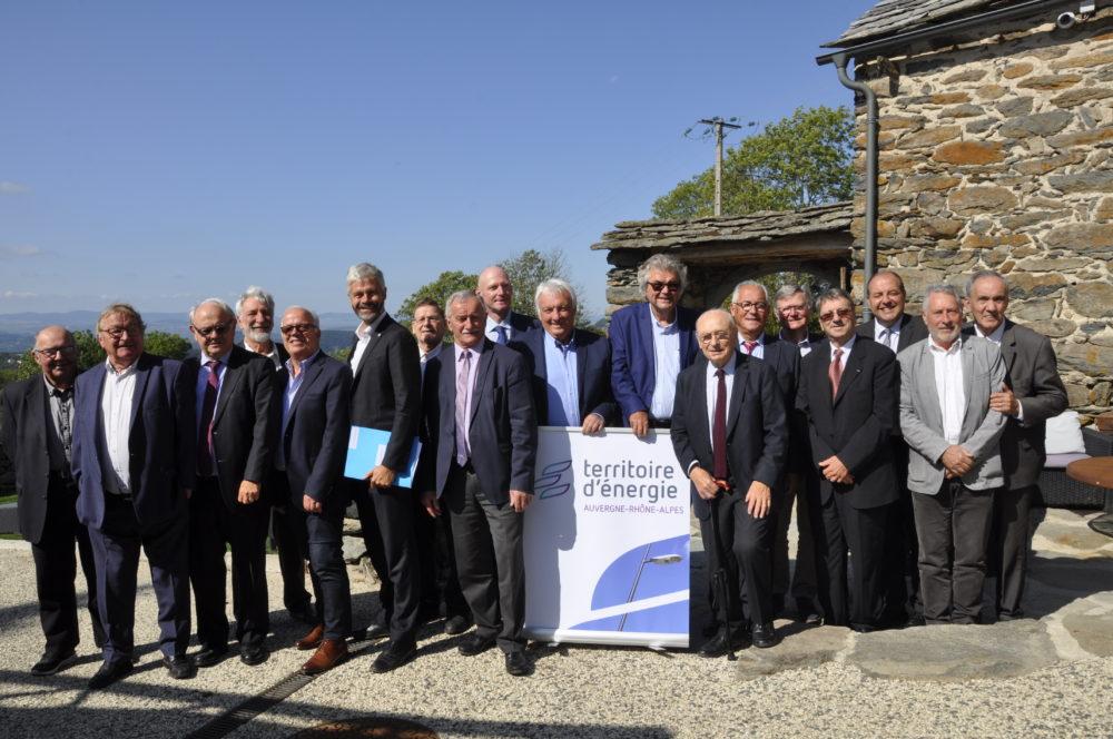 La région Auvergne-Rhône-Alpes et TEARA s'engagent ensemble pour la transition énergétique du territoire