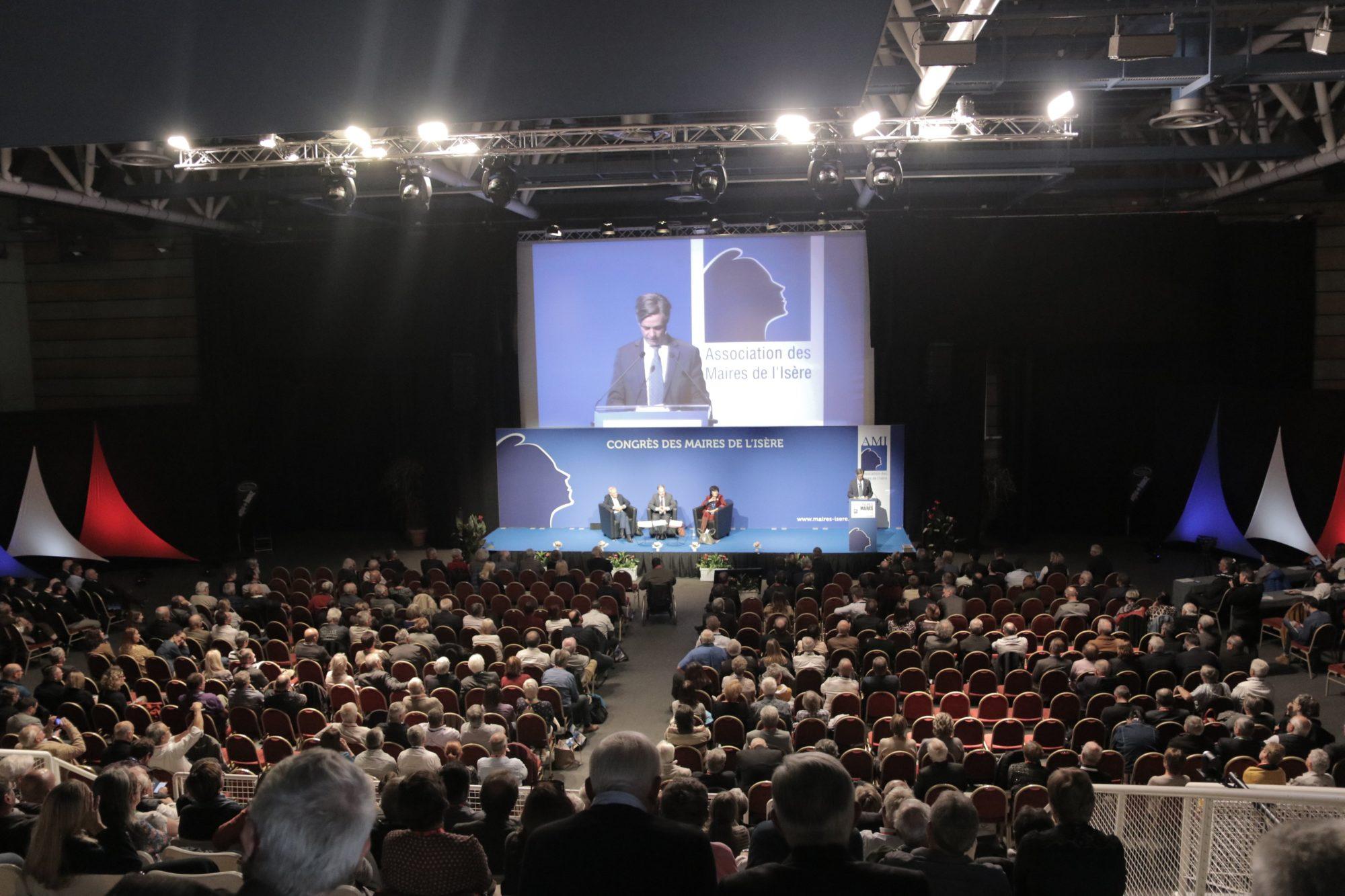 Un congrès des maires à la veille des élections municipales