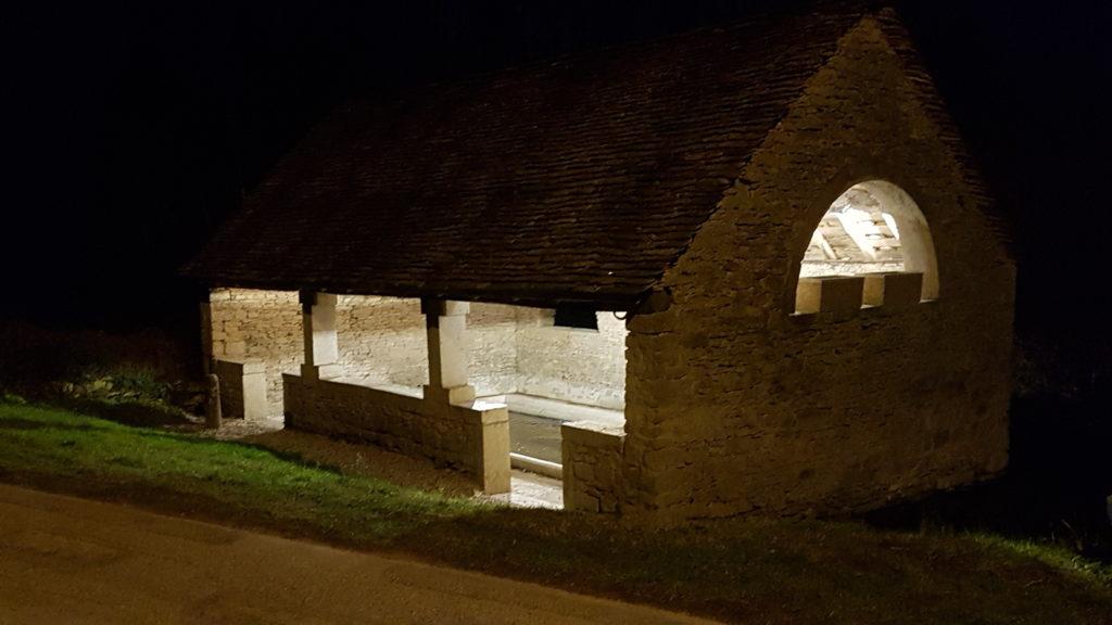 Mise en lumière architecturale lavoir Optevoz